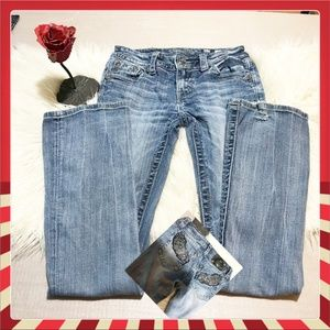Miss Me Jeans Boot cut bling distressed hem 💖💖💖